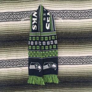 Seattle seahawk scarf